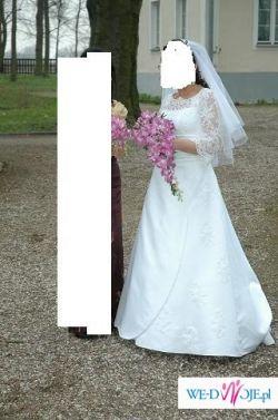 Agnes - oryginalna suknia z rękawkami