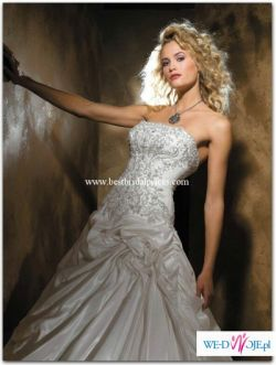 Allure Bridal model 8407 z trenem