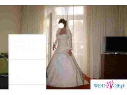 ANGEL suknia ślubna model Pompadour