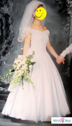 Bajeczna Suknia Ślubna Cymbeline
