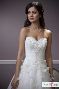 Bajkowa suknia ślubna Donatella Verise Bridal 2012
