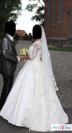 Bardzo elegancka suknia ślubna Pronovias 2011