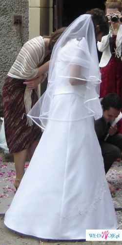 bardzo wygodna i piękna suknia ślubna