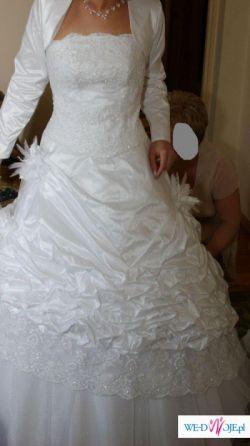 Biała,dwuczęściowa (gorset z kryształkami,spódnica na kole),wzost 165cm+7cm obca