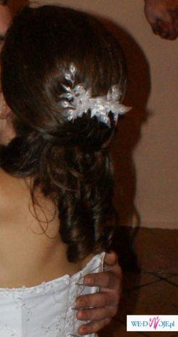 biała ozdoba do włosów