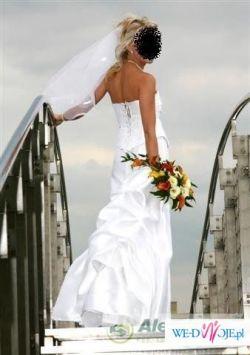 Biała suknia dwuczęsciowa oryginalna i unikalna