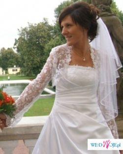 Bielutka suknia ślubna