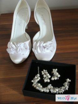 BUTY ślubne, Biżuteria
