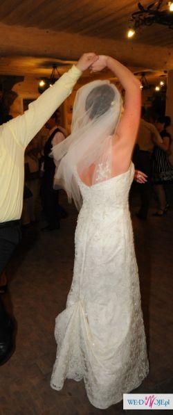 Cudowna suknia, zakochałam się widząc ja na wystawie