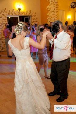 do sprzedania koronkowa suknia ślubna