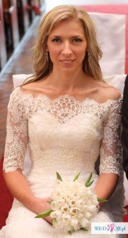Elegancka koronkowa suknia ślubna + bolerko