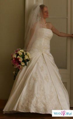 Elegancka sukienka Rosita