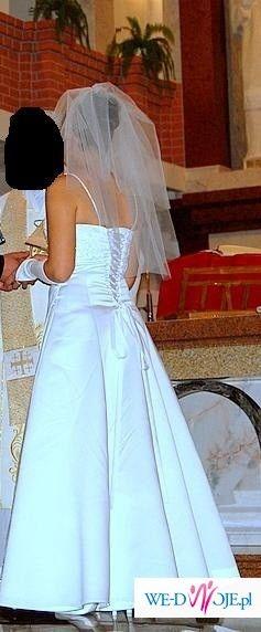 Elegancka suknia model DARAKA