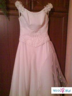 Elegancka suknia slubna