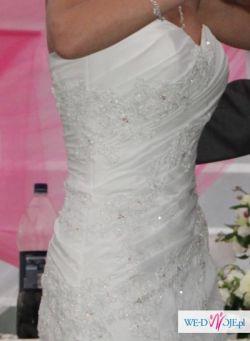 Elegancka suknia slubna Demetrios 4233