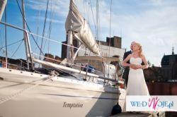 Elegancka suknia ślubna firmy Aspera
