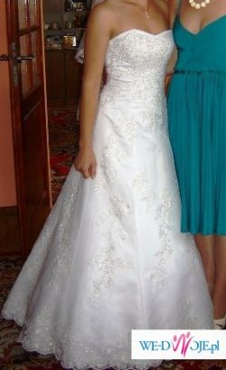 Elegancka suknia ślubna Sabia