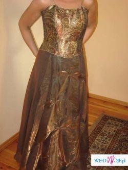 Elegancka suknia wieczorowa w kolorze starego złota