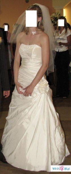 Elegancka suknia z kolekcji Demetrios 2006. POLECAM!!!! TANIO!!!!