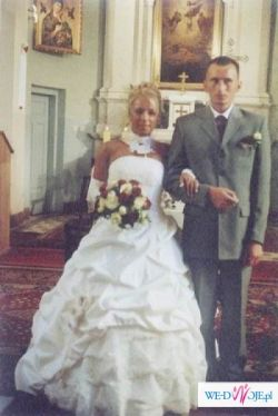 Elegancka suknię ślubną ecru sprzedam