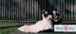 Francuska suknia ślubna Elianna Moore Aqua 2010.