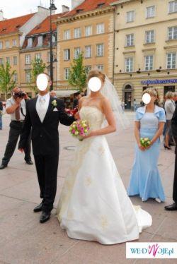 Hiszpańska koronka, wyjątkowa i elegancka suknia