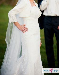 Hiszpańska koronkowa suknia White One 176