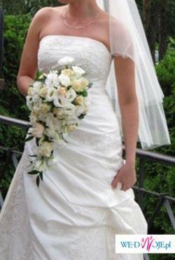 Hiszpańska Suknia Ślubna NEPAL