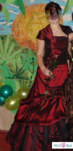 jedyna w swoim rodzaju i  efektowna suknia na bal, wesele