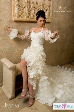 K U P I Ę suknię Frida lub Janessa firmy Emmi Mariage