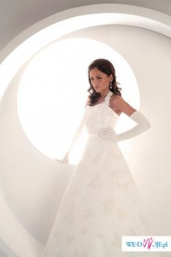 kolekcja 2007: francuska suknia ślubna 36/38