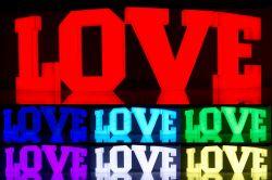 Kolorowe LOVE 3D podświetlane RGB 100 cm WYNAJEM - LiteroweLovepl