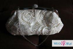 Koronkowa, elegancka torebka ślubna