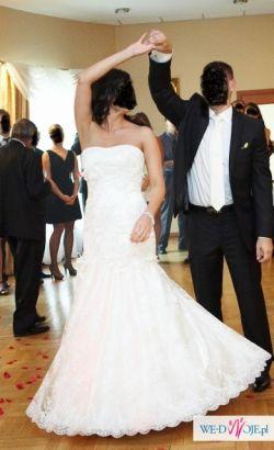 koronkowa suknia justin alexander 8532