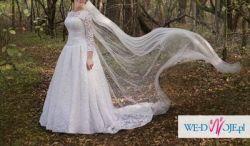 Koronkowa Suknia Mia Lavi