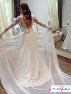 koronkowa suknia slubna ivora 2 w 1 tren wyciete plecy kokarda