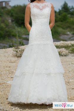 Koronkowa suknia ślubna Sposabella 1409 Darling - bez pleców!