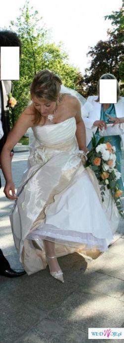 Montebelluna firmy Margarett suknia ślubna roz.40