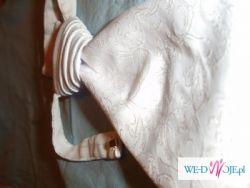 Musznik biały w delikatne wzory