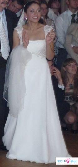 Nietuzinkowa suknia w stylu hiszpańskim dla wymagającej Panny Młodej!!!!