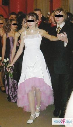 Nietypowa piękna sukienka