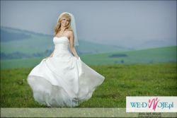 Nowa Suknia Ślubna  Kolekcja 2010 + welon i bolerko