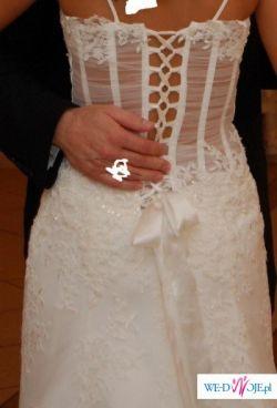 Oddam w dobre ręce szczęśliwą suknię ślubną