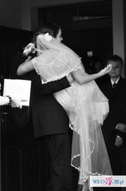 OKAZJA - NABLA suknia z pięknym trenem  (model rosanna).