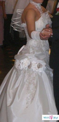 olśniewjaca suknia ślubna Farage