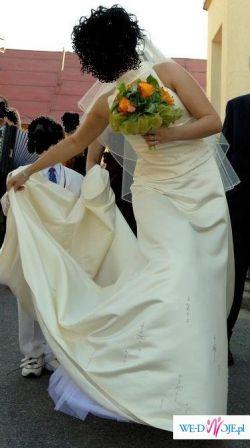 Orginalna suknia Pronovias