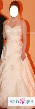 Orginalna suknia z koronkowym golfem!