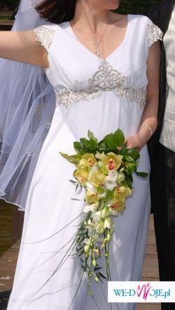 Oryginalna, urocza suknia ślubna empire
