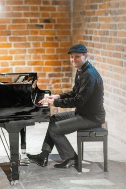 Pianista elegancki