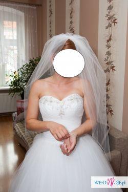 piękna, elegancka, szykowna i wyjątkowa suknia ślubna
